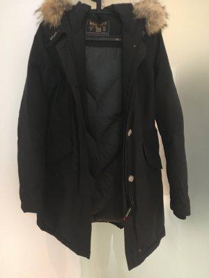 schöner warmer Mantel von Woolrich