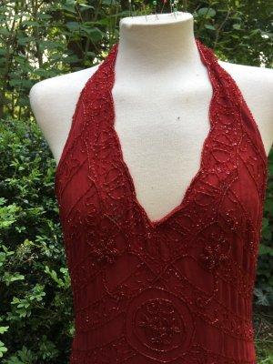 Schönes Abendkleid in Rot