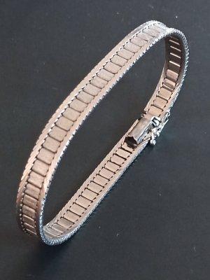 schönes Armband in echtem Silber