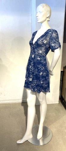 Schönes blau-weißes  Sommerkleid  von Asos