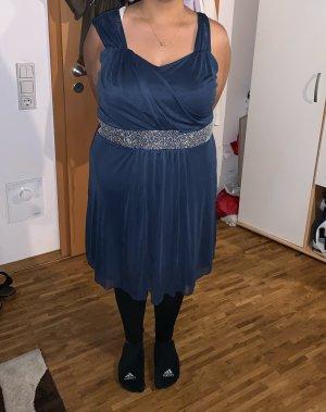 Schönes Blaues Kleid Gr. 48
