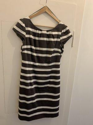 Schönes Comma Kleid + Gürtel