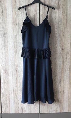 Schönes d.blaues Kleid von ICHI