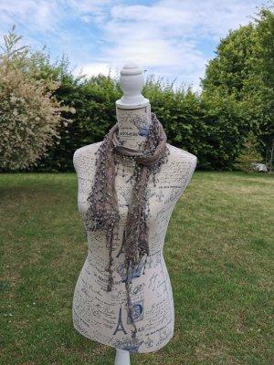 Bufanda de flecos marrón grisáceo