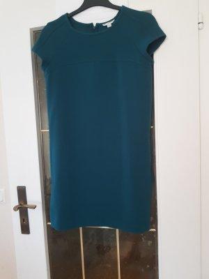 schönes grünes Kleid