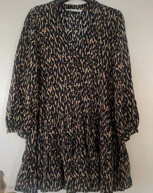 Schönes Hängerchen Kleid von Zara im Leoprint
