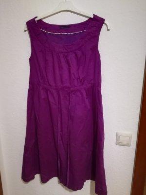 Schönes Hilfiger Kleid Gr. 38