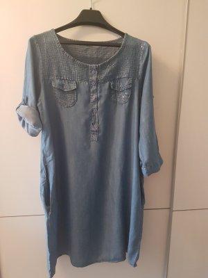 Schönes Jeanskleid mit Paielletten Gr.40/42!
