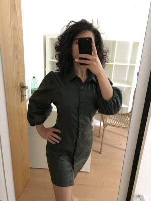 Pull & Bear Robe en cuir vert foncé tissu mixte