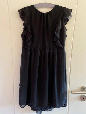 Schönes Kleid abzugeben