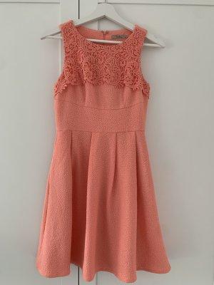 Darling Letnia sukienka brzoskwiniowy