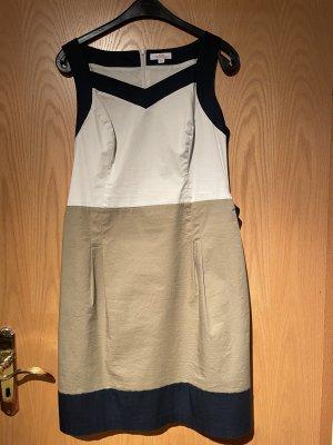 Schönes Kleid für Schulanfang - Gr. 40