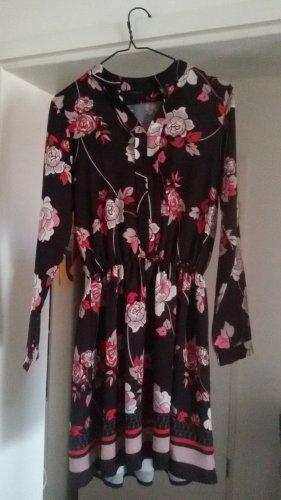 Schönes Kleid, Gr. 36