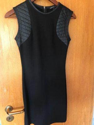 Schönes Kleid Gr.XS von Mango Casual