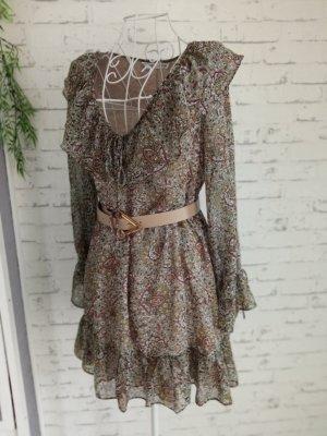 Schönes Kleid Größe S Volant