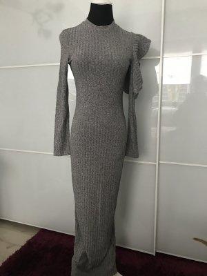 Schönes Kleid in Größe m, lang