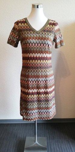 Schönes Kleid More & More