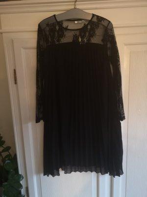 Schönes Kleid Plissee mit Spitze S/M