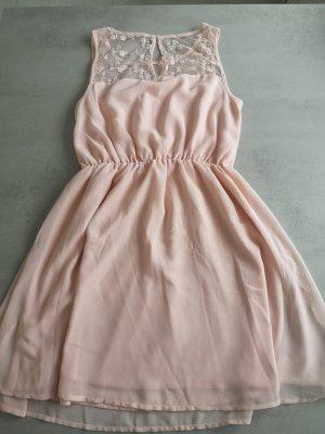 Schönes Kleid Spitze