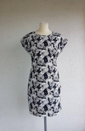 schönes Kleid von C&A in Gr. 36