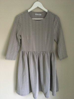Schönes Kleid von Kling Gr. XS, Skaterkleid (made in Spain)
