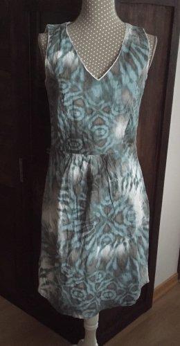 Schönes Kleid von MARC AUREL