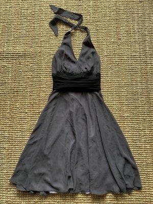 Schönes Kleid von Montego