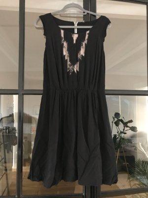 Naf naf Robe à manches courtes noir-rosé