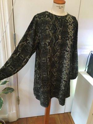 Schönes Kroko Optik Kleid von Zara Oversized