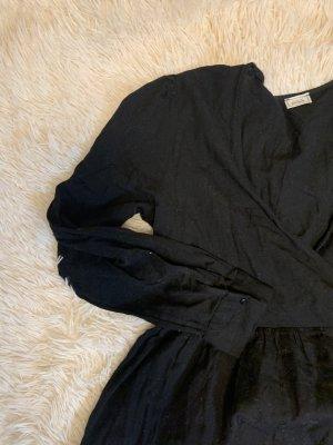 Schönes Langarm Kleid