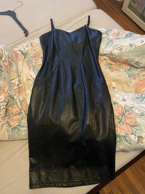 Rinacimento Vestido de cuero negro