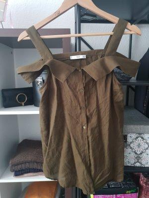 Schönes leichtes Hemd
