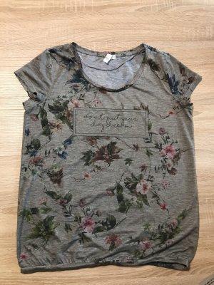 Schönes lockeres T-Shirt von Q/S
