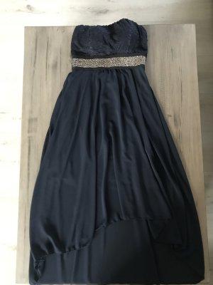 Schönes luftiges Kleid