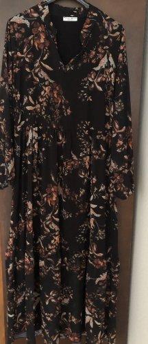 Schönes Maxi Kleid von Zabaione zu verkaufen