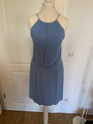 Schönes Mini Kleid mit Rückenausschnitt