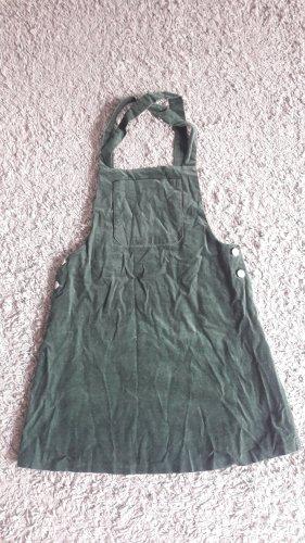 Schönes Samtkleid von Zara in dunkelgrün
