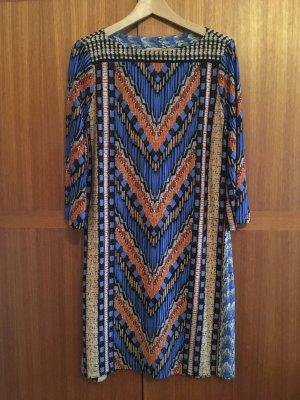 schönes schlichtes Kleid von BEIGE by eci