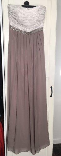 Schönes, schulterfreies Kleid von Christian Berg