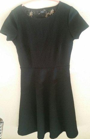Schönes schwarzes Vila Kleid Gr. M