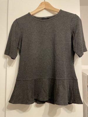 Schönes Shirt mit Schößchen von OPUS