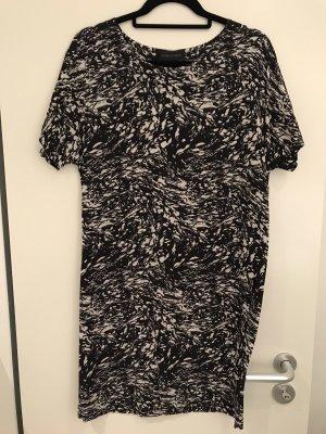 Schönes Sommerkleid von Storm & Marie, Gr 40