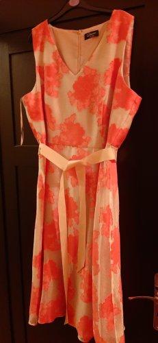 schönes sommerliches Cocktailkleid in Creme-Pink