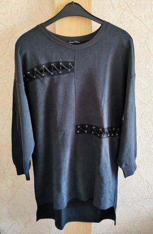 Schönes Sweaterkleid