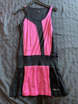 Adidas Abito a maniche corte rosa-nero