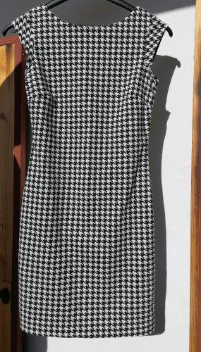 Schönes Zara Kleid Größe 36/ 34