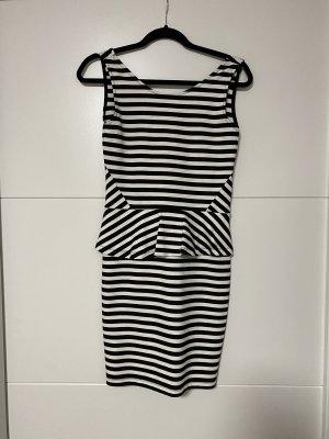 Schößchen Kleid