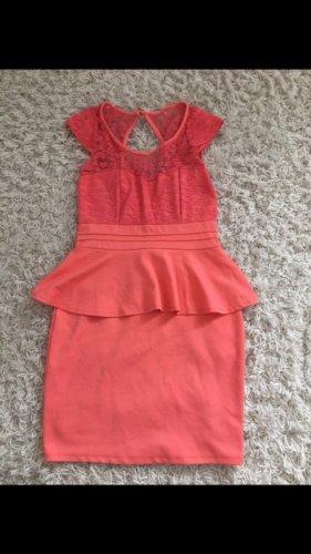 Schößchen Kleid gr. 38 corall Farben