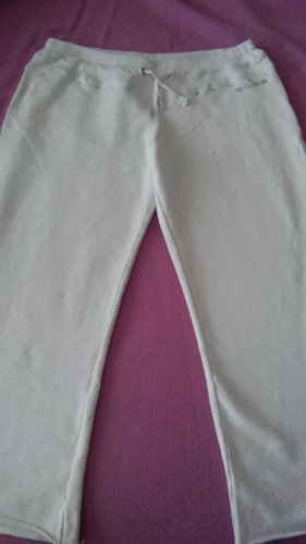 one love 3/4 Length Trousers white