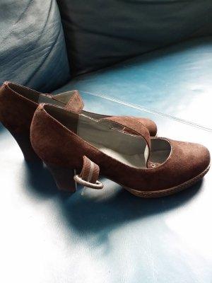 Andrea Conti Tacones marrón oscuro Cuero